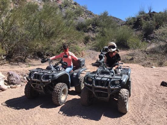 Wickenburg, AZ: The girls loved it!