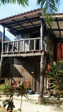 Leaf House Bungalow: 20160213_091620_large.jpg