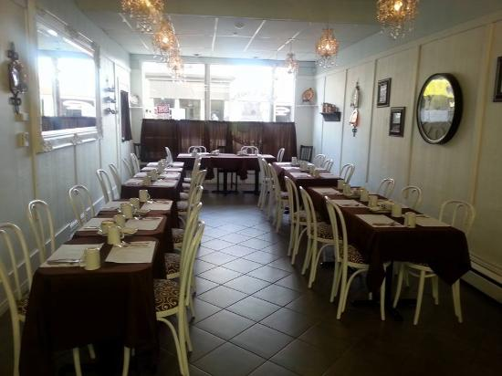 Petrolia, Canada: Restaurant set up for a private function