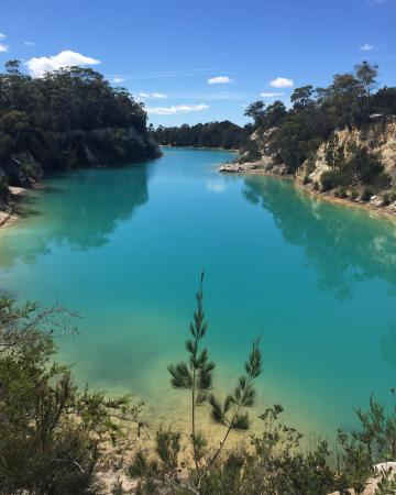 ‪Little Blue Lake‬