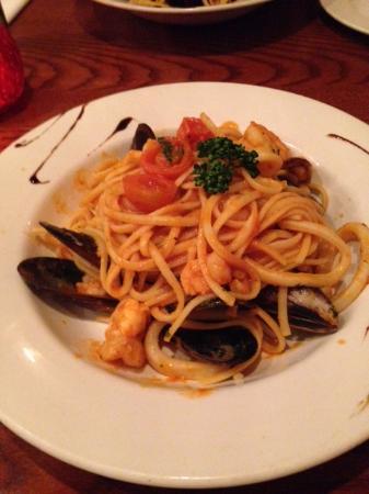 La Passione: Linguine with seafood