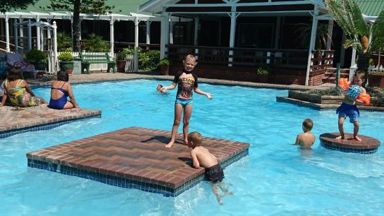 Pine Lodge Resort & Conference Centre: DSC_0083_large.jpg