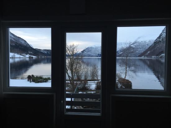 Hornindal, Νορβηγία: Blick aus dem Zimmer auf den See