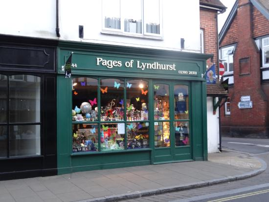 Page's of Lyndhurst