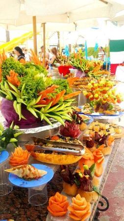 snacks by the pool picture of island view resort sharm el sheikh rh tripadvisor com