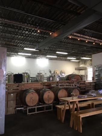 Sperryville, VA: Brew and drink right on site