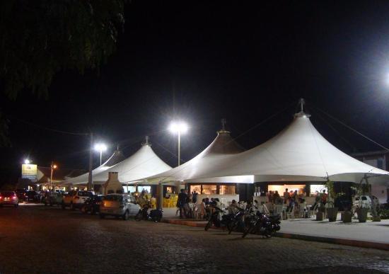 Caico, RN: praça José augusto a noite