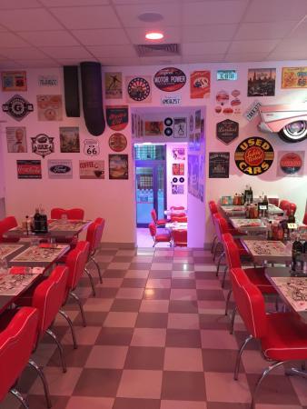 America Graffiti Diner Restaurant Bologna: America Graffiti Diner