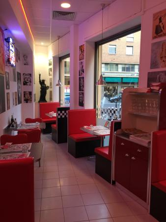 America Graffiti Diner Restaurant Bologna