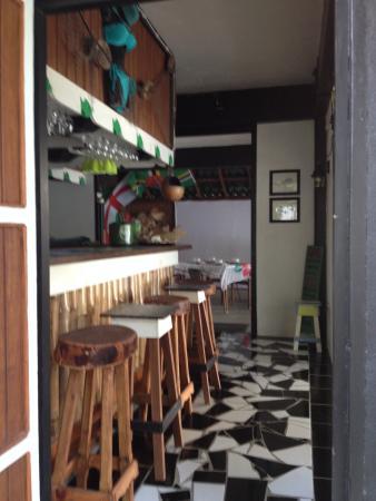 Calibishie, Dominica: The Bar @ Sandbar.