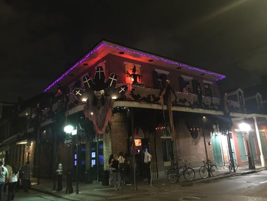 Haunted New Orleans Hotels are located in or near the heart of New Orleans, steps away from prominent office buildings, the Federal Courts and City Hall.