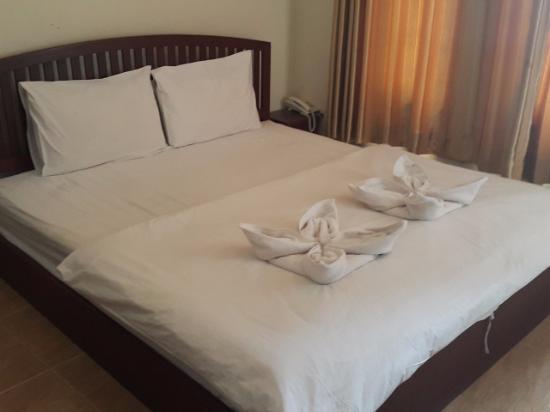 신나콘 호텔: 객실 모습입니다.
