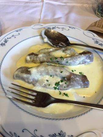 Srednja vas v Bohinju, Slovenië: Lightning fast kitchen, delicious local food.