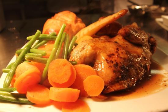 Durrington, UK: Lovely Carvery Food + Main Menu