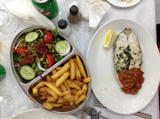 Seashells: Fresh fish serving with set-menu
