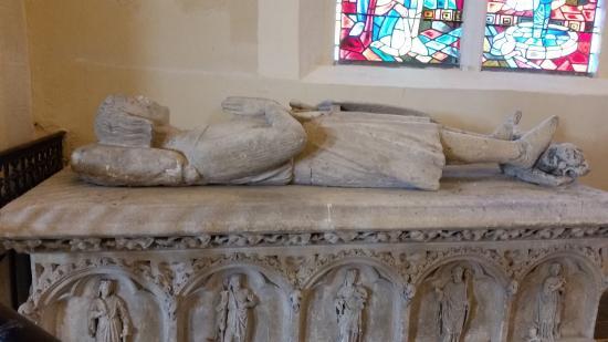 Conflans Sainte Honorine, France: Gisant du précepteur Guillaume (†1542) en l'église Saint-Maclou de Conflans-Sainte-Honorine.