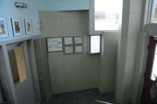 Windham, Βερμόντ: Verschachtelte und verwinkelte Architektur, z.B. im Treppenhaus