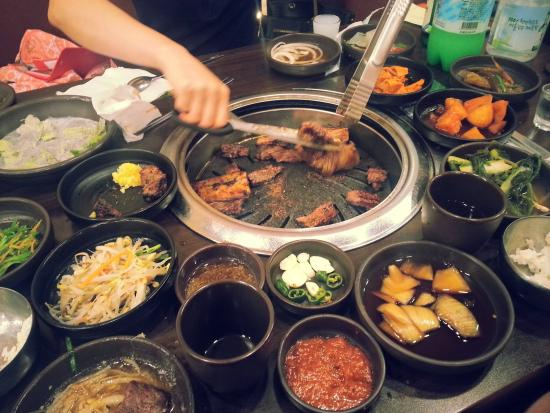 bbq with as many dishes you wish picture of jonga jip korean bbq rh tripadvisor co za