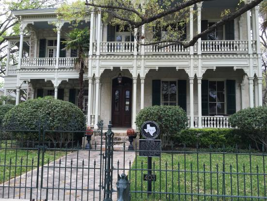 San Antonio Neighbourhood Tours