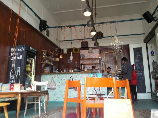 37 Grad Kaffeebar & Ladengeschäft: Alles wild gemixt :)