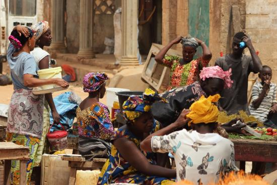 Bakau, Gambia: Brufut Market with the wonderful ladies