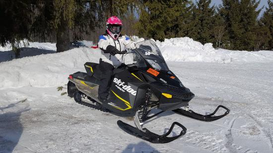 Munising Snowmobile Rentals