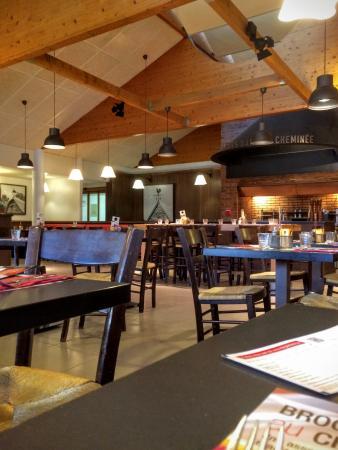 Ibis Bourg Jasseron/Teyssonge: Restaurant