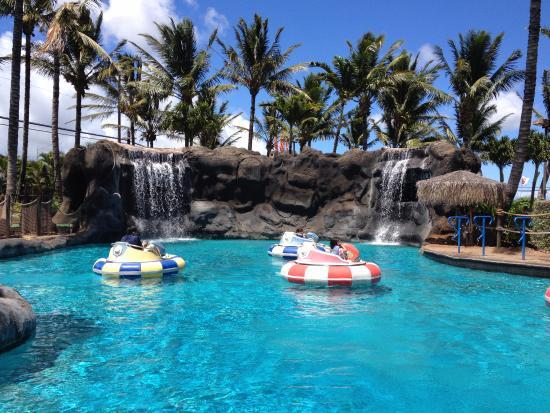 Maui Golf & Sports Park: Bumper Boats in Paradise!
