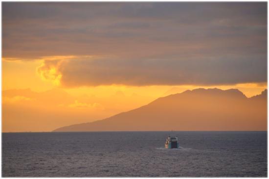 Μουρέα, Γαλλική Πολυνησία: Sunrise
