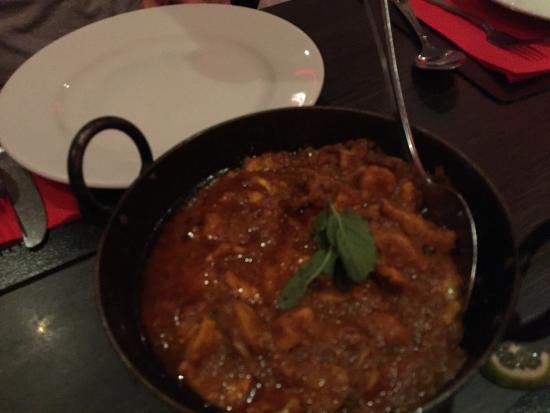 Viraaj Restaurant: photo2.jpg