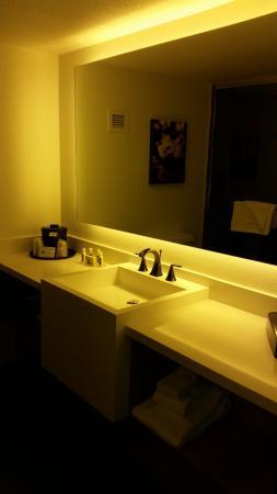 Bathroom Sinks Las Vegas bathroom sink - picture of the d casino hotel las vegas, las vegas