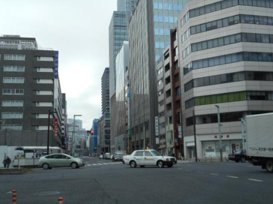 Bridgestone Museum of Art: 中央通り