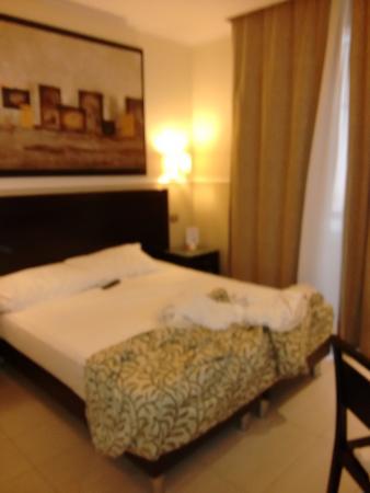 Yes Hotel: Camada comoda todo muy lipio