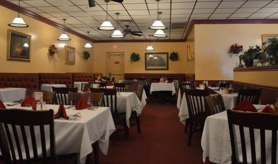 I Bambini Italian Restaurant Main Dining Area