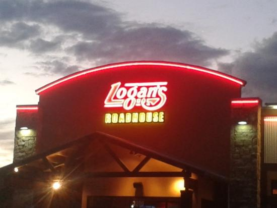 Logan's Roadhouse Photo