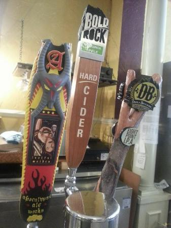 The White Hart Cafe: Selection of local beer on tap