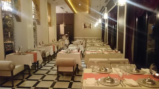 Lalezar Restaurant