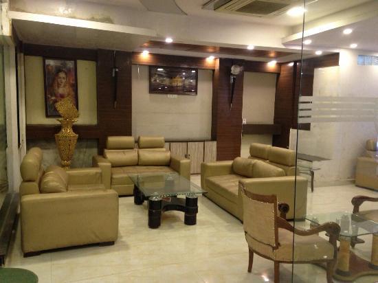 Hotel Delhi Heights: IMG-20160111-WA0059_large.jpg