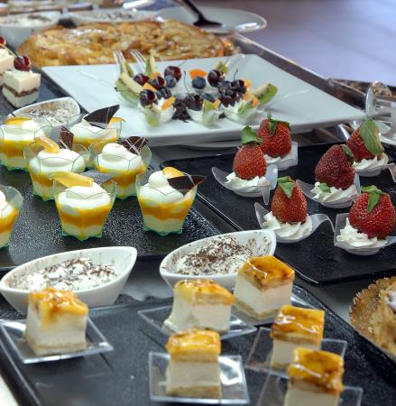 Protur Biomar Gran Hotel & Spa: Buffet