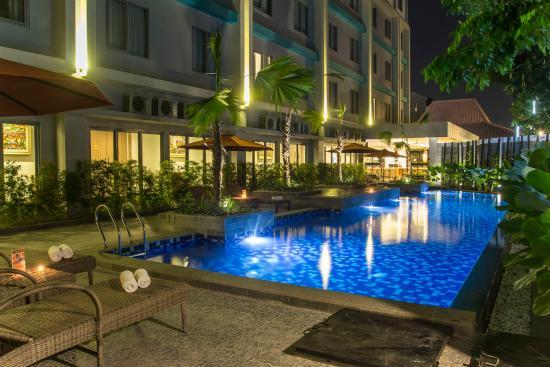 family room with connected doors review of burza hotel yogyakarta rh tripadvisor co za