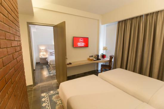 interconnecting room picture of burza hotel yogyakarta yogyakarta rh tripadvisor com