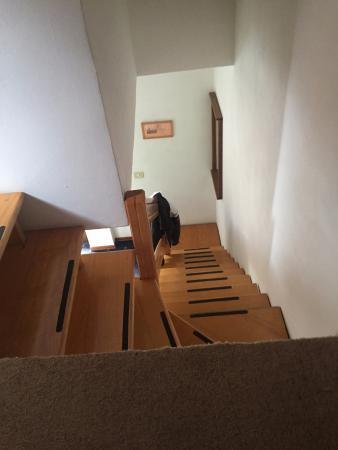 Hotel Bonsai...Alle Funivie: Accesso al bagno con scale non molto comode