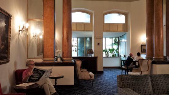 Villa Delle Rose Hotel: Der grosse Salon