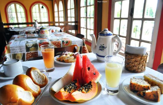 Vale Verde Praia Hotel: Café da manhã