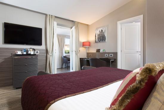 Hotel Artemide - room photo 11026206