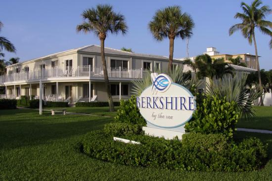 Berkshire by the Sea: View from A1A