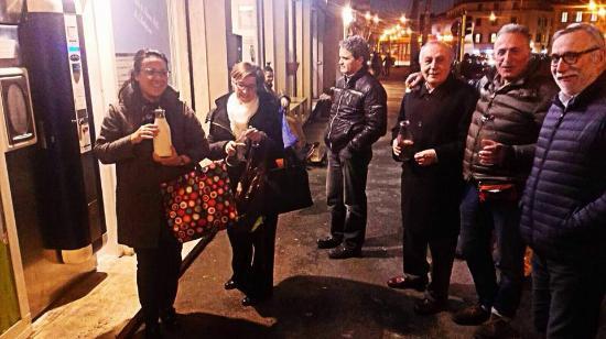 Gelateria Sanmarco: La sera si forma la fila per comprare il latte Appena Munto di Montepiano