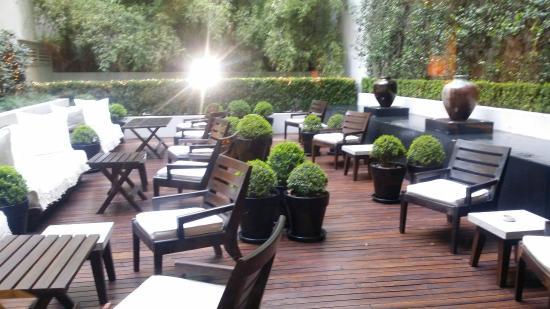 Serena Hotel: 20160315_000513_large.jpg