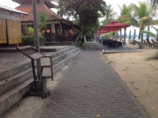 Vila Shanti Beach Hotel: photo1.jpg