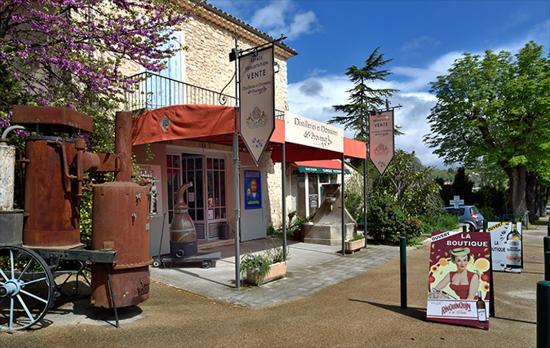 Distilleries et Domaines de Provence: Boutique